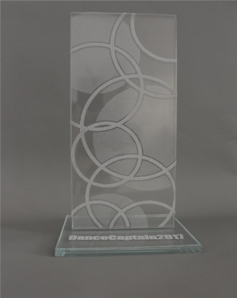 Gravírovaný skleněný pohár